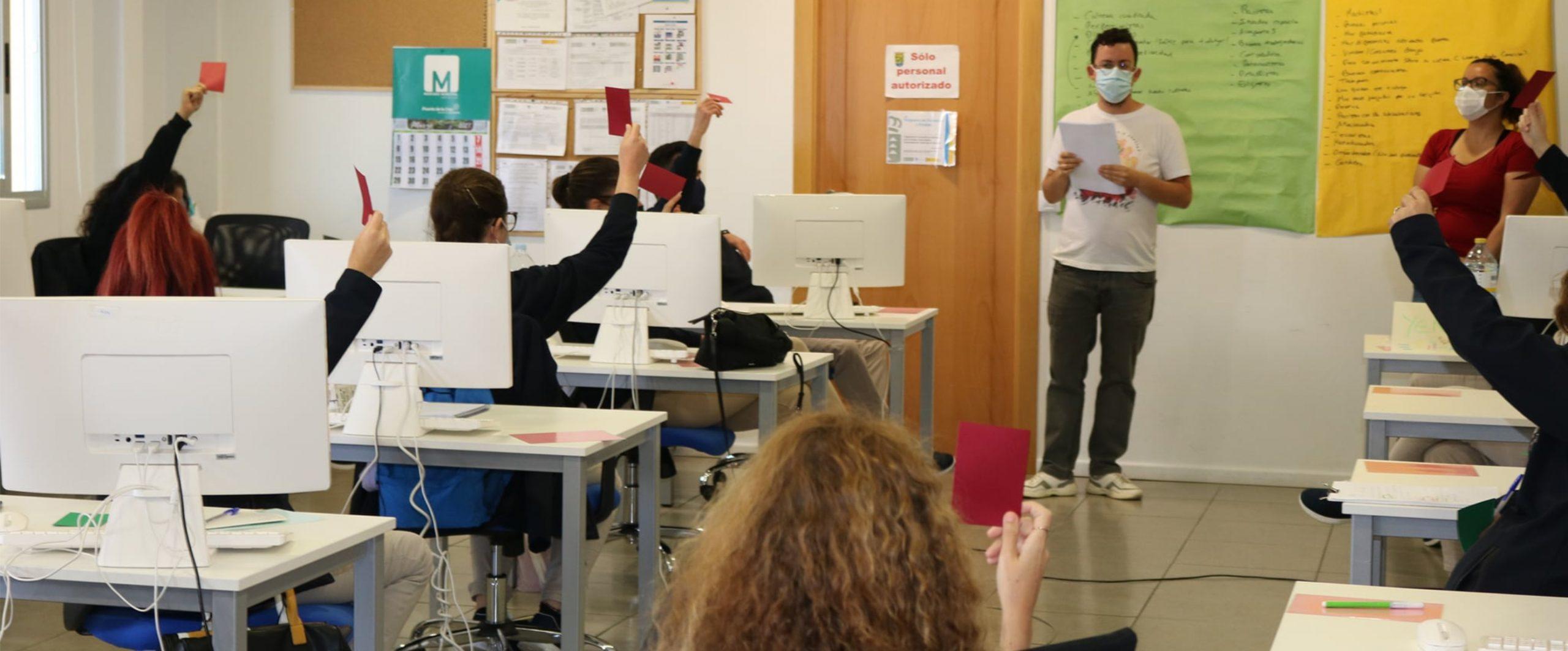 Juntas En la misma dirección realiza talleres en Tenerife para resaltar el valor de la diversidad cultural